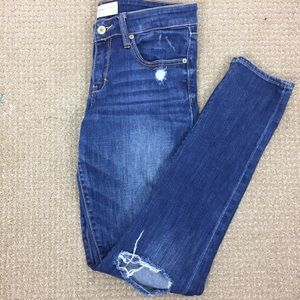 Abercrombie & Fitch Ripped Jeans. Size 28W